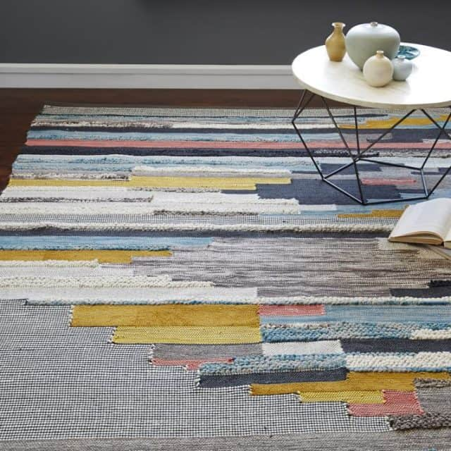 how to choose rug material