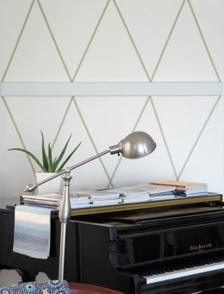 renter friendly wall decor