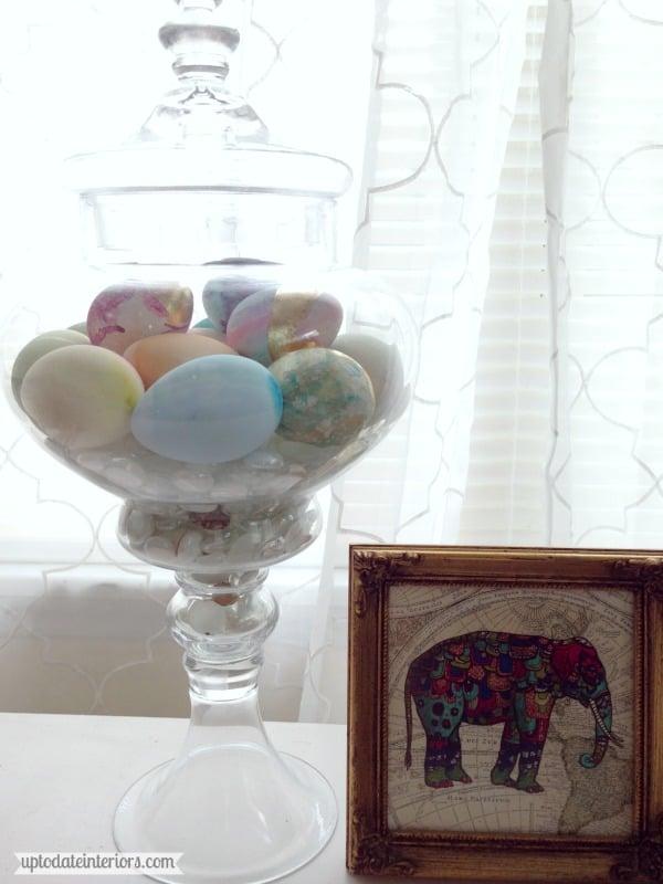 eggs-desk2