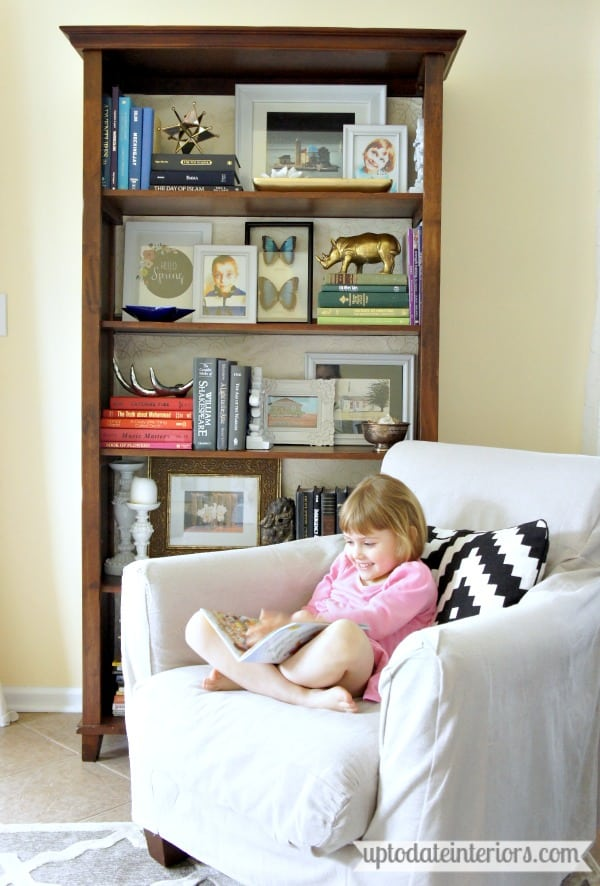 easy bookcase decorating tips