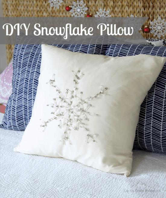 snowflake-pillow