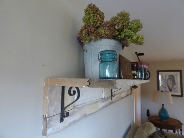 old-farmhouse-door-shelving-1024x768