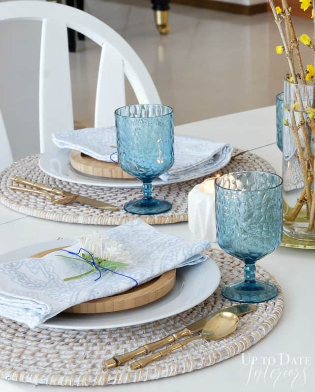 Spring table setting simple and easy