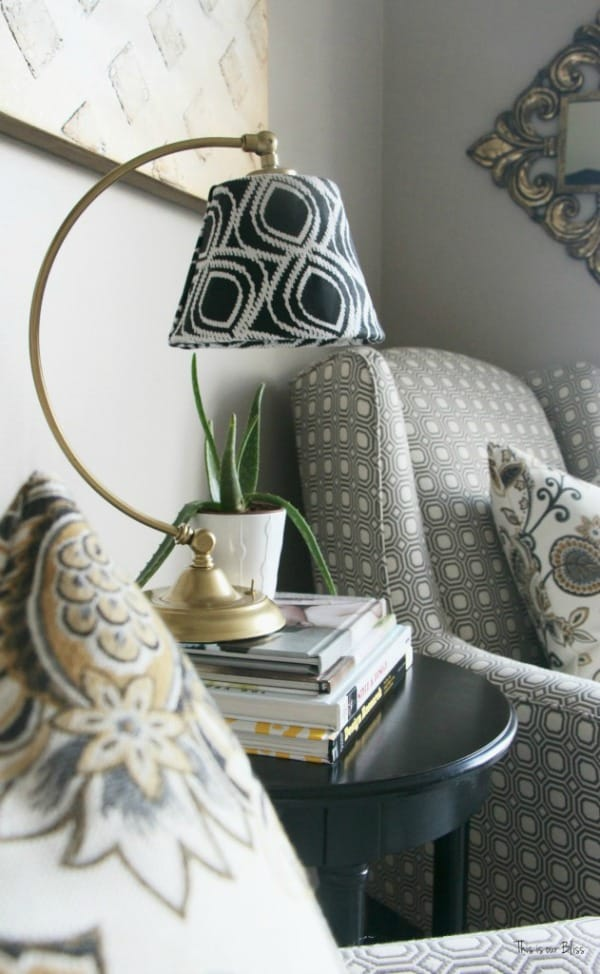 Its-so-ugly-its-cool-thrift-challenge-Lampshade-redo-how-to-recover-an-old-lampshade-black-white-and-gold-decor-DIY-lampshade-