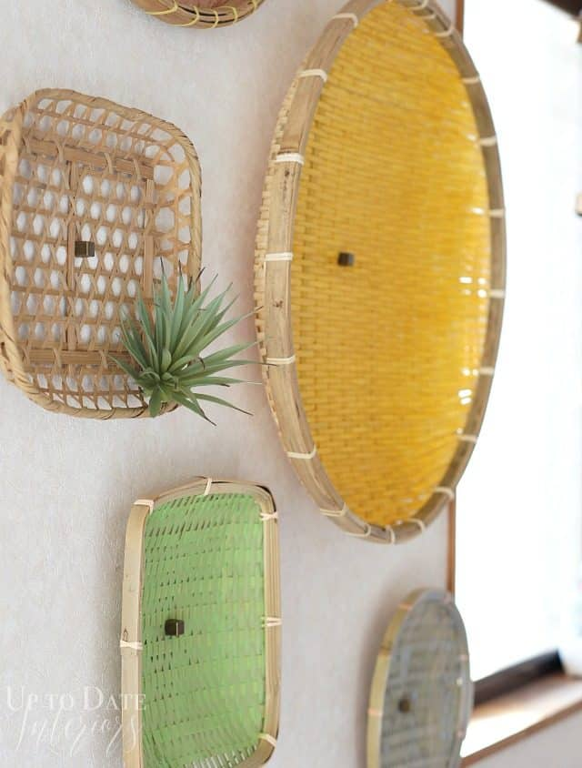 diy wall decor with thrift store baskets