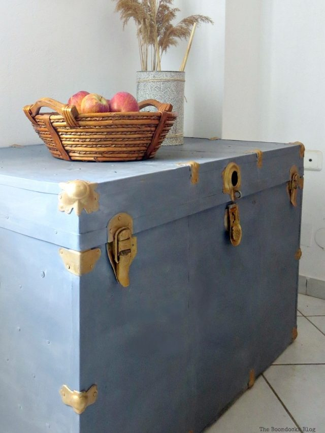 metal trunk makeover