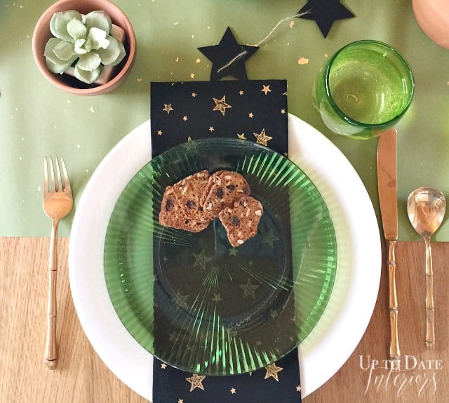 wicked-table-setting-watermark