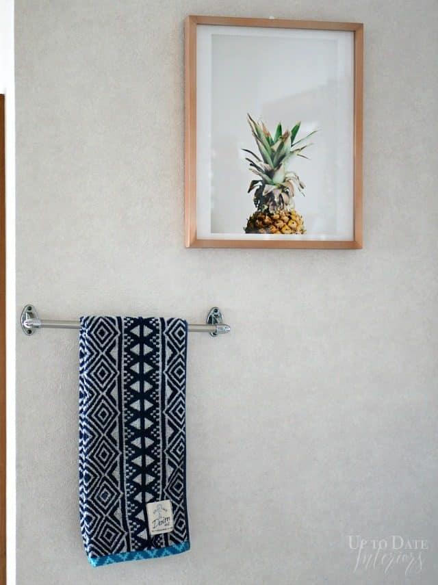 100 dollar makeover rental bathroom art